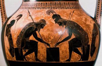Foto af græsk amfor med billede af Achilleus og Ajax der spiller brætspil.
