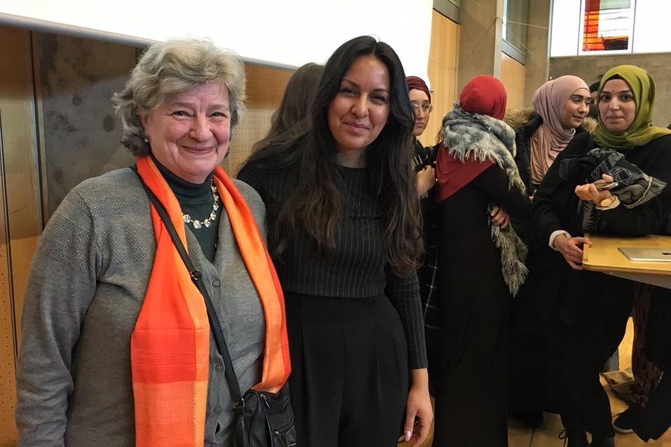 Foto af Geeti Amiri og lærer Pia Ohrt.